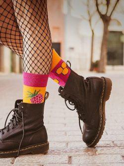 Pisane nogavice malina in med